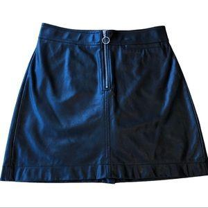 Aritzia Wilfred Roxanne Vegan Leather Skirt NWOT
